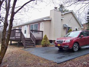 159 Lookout Dr, Albrightsville, PA 18210
