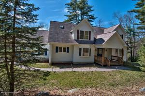 271 Cranberry Rd, East Stroudsburg, PA 18301