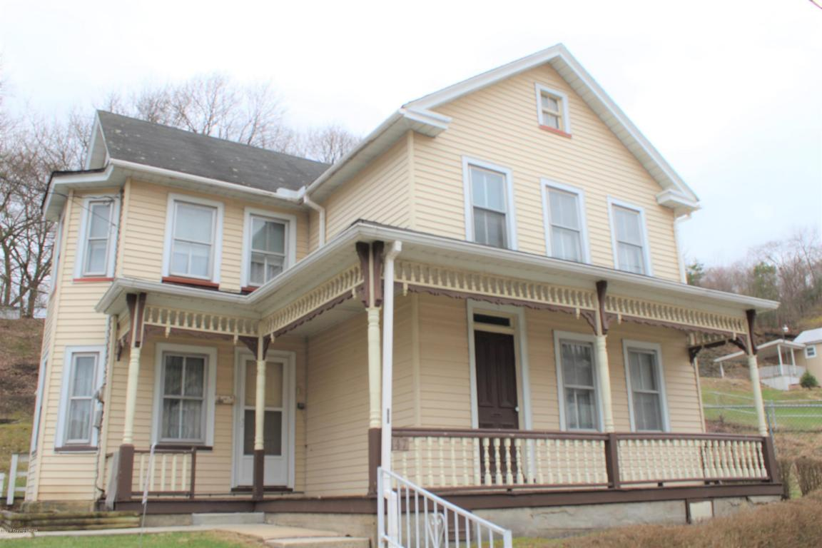 147 Jamestown St, Lehighton, PA 18235