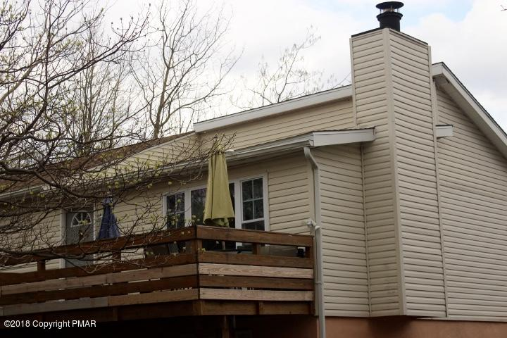 138 Lower Notch Rd, Albrightsville, PA 18210