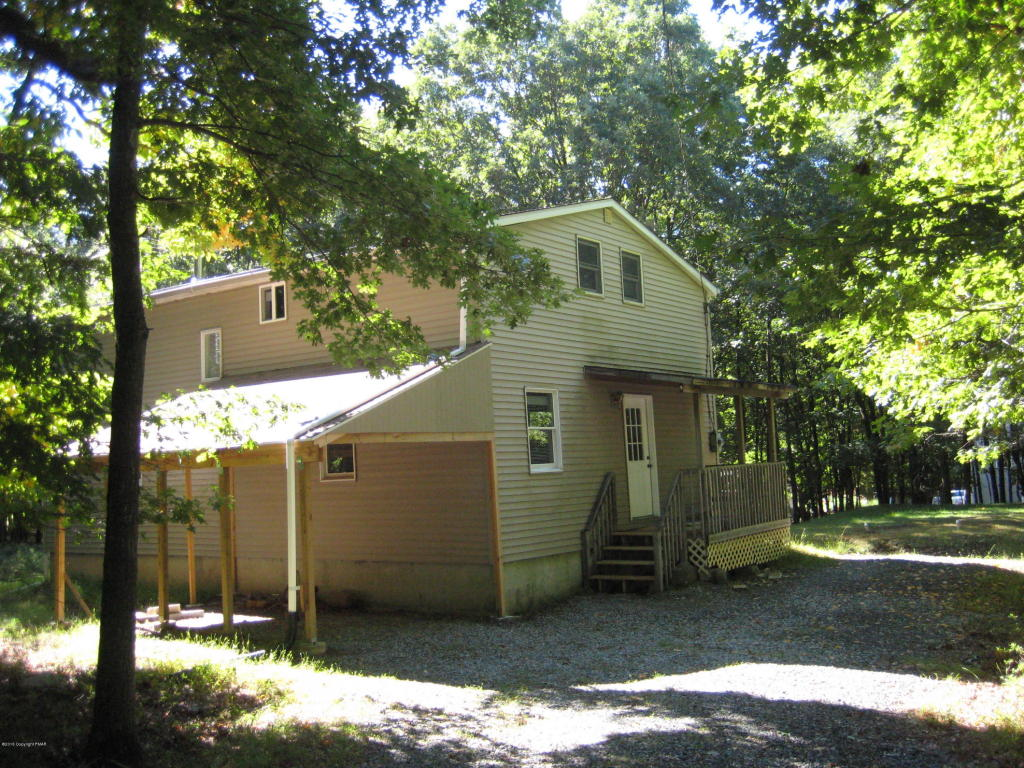 41 Mohawk Trl, Albrightsville, PA 18210