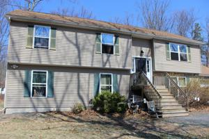6076 Little Bear Ln, East Stroudsburg, PA 18302