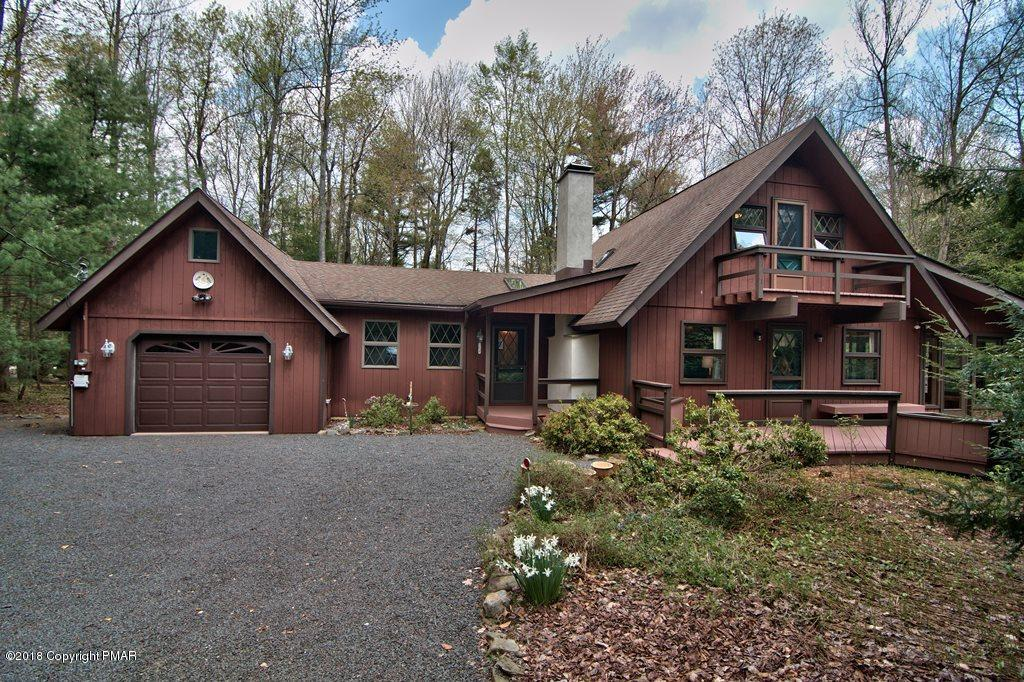 107 Longview Lane, Pocono Pines, PA 18350