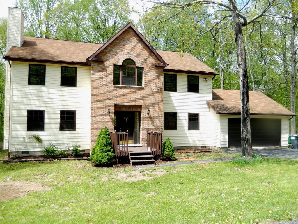 2613 Beanpole Rd, East Stroudsburg, PA 18302
