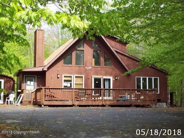 351 Maxatawny Dr, Pocono Lake, PA 18347