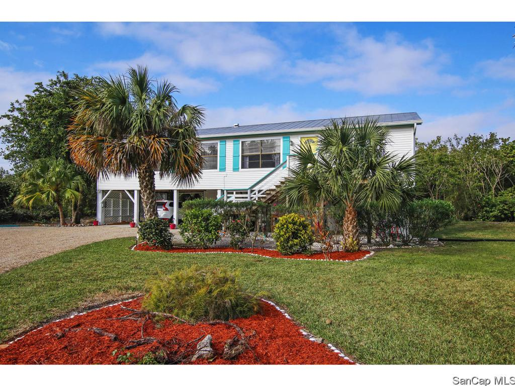 9477 Peaceful Dr, Sanibel, FL 33957