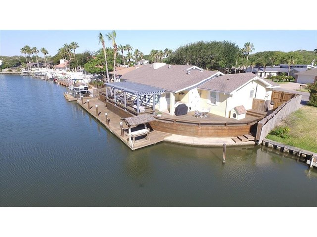 2203 Lakeview, Rockport, TX 78382