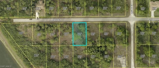 3007 24th St W, Lehigh Acres, FL 33971