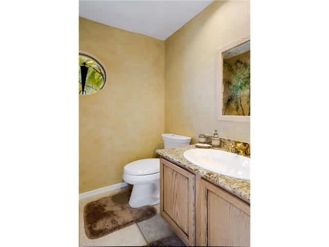 12651 Water Oak Dr, Estero, FL 33928