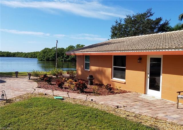 4759 Jackfish St, Bonita Springs, FL 34134