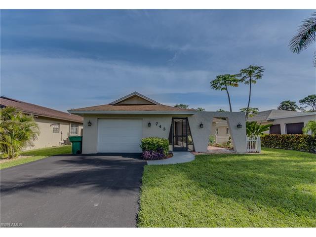 743 106th Ave N, Naples, FL 34108