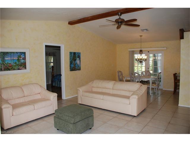 27231 Sun Aqua Ln, Bonita Springs, FL 34135