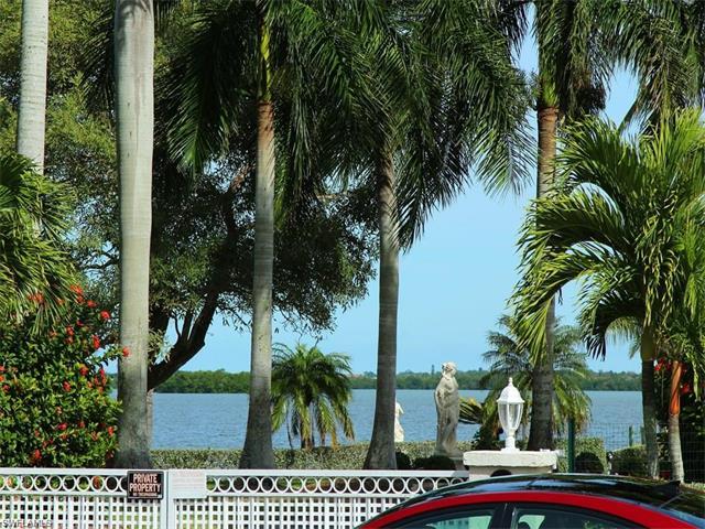 26815 Mclaughlin Blvd, Bonita Springs, FL 34134