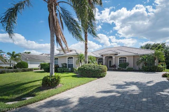 9832 Alhambra Ln, Bonita Springs, FL 34135