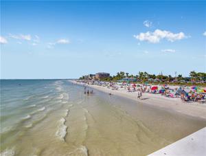849 Lagoon St, Fort Myers Beach, FL 33931