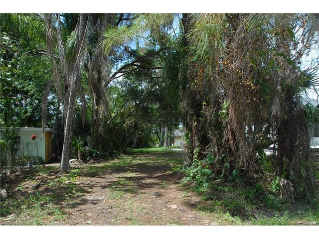 4472 Pine Lake Rd, Bonita Springs, FL 34134