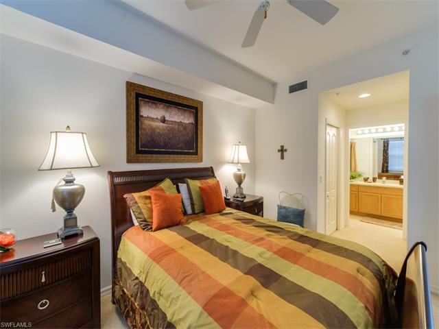 10285 Heritage Bay Blvd 824, Naples, FL 34120