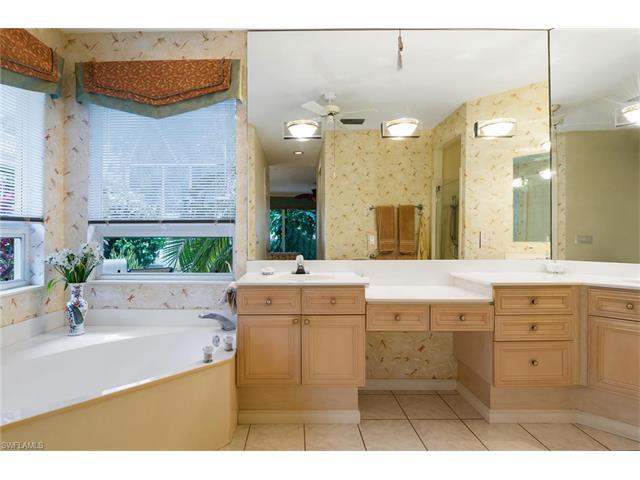 27137 Lost Lake Ln, Bonita Springs, FL 34134