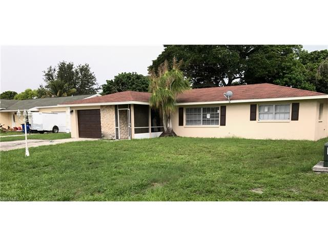 793 Friendly St, North Fort Myers, FL 33903