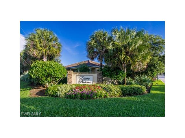 19679 Green Oak Dr, Fort Myers, FL 33908