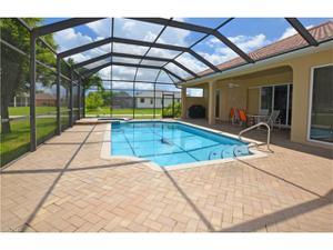 2715 32nd St, Cape Coral, FL 33914
