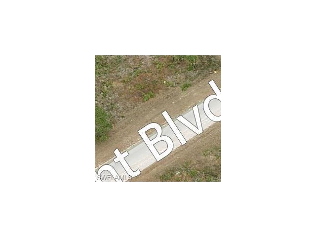 949 Grant Blvd, Lehigh Acres, FL 33974