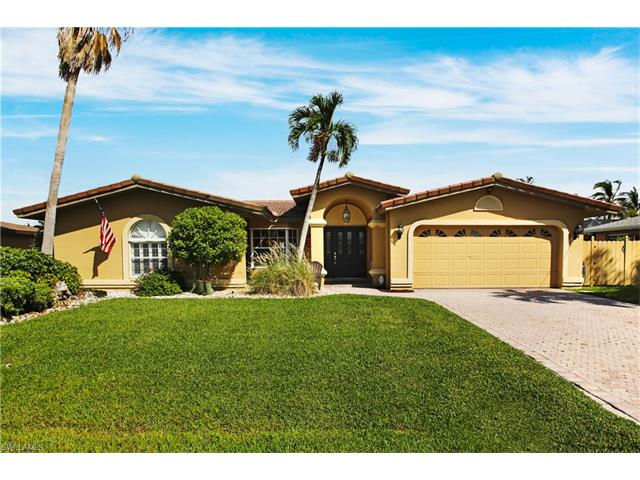 5205 2nd Pl, Cape Coral, FL 33914