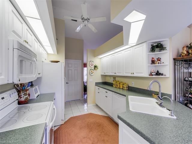12637 Hunters Ridge Dr, Bonita Springs, FL 34135