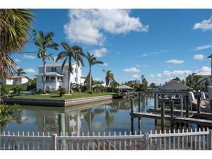 100 Tarpon Rd, Fort Myers Beach, FL 33931