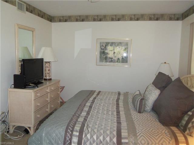 3651 Wild Pines Dr 205, Bonita Springs, FL 34134