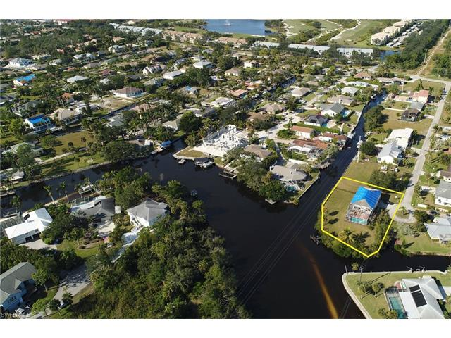 27190 Holly Ln, Bonita Springs, FL 34135