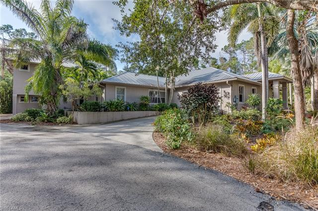 6370 Hunters Rd, Naples, FL 34109