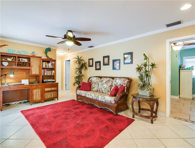 18 Bayview Blvd, Fort Myers Beach, FL 33931