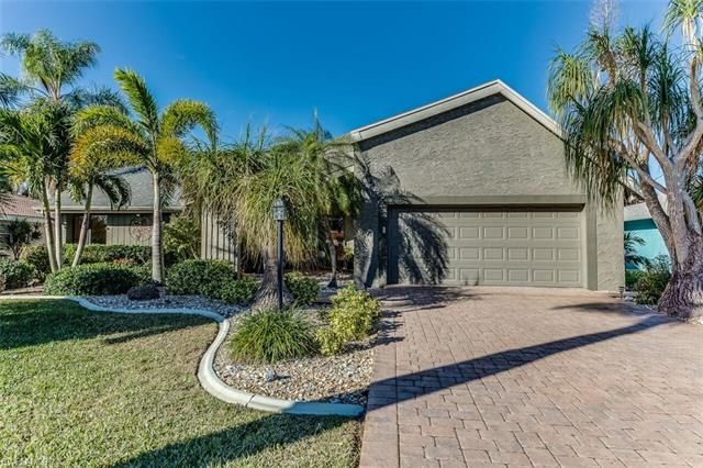 2810 20th Ave, Cape Coral, FL 33904