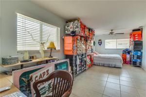 343 Bayshore Dr, Cape Coral, FL 33904