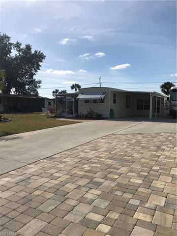 27340 Bourbonniere Dr, Bonita Springs, FL 34135
