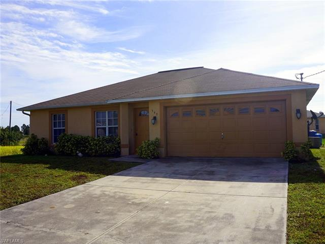 543 Pachman Cir, Lehigh Acres, FL 33974