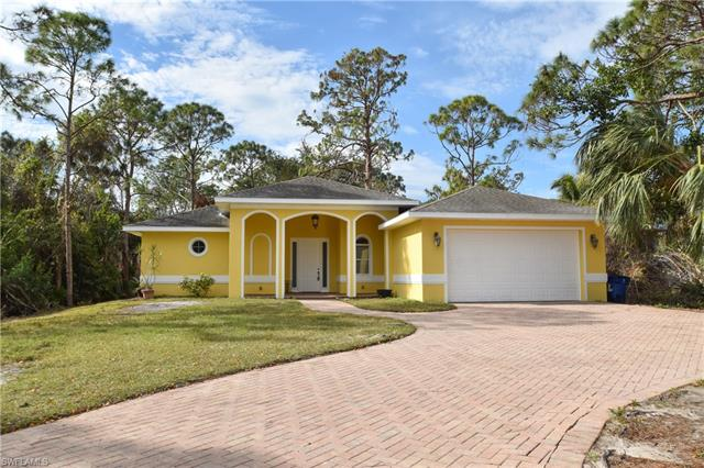 12040 Circle Dr, Bonita Springs, FL 34135