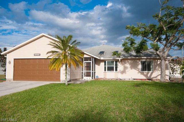 18521 Phlox Dr, Fort Myers, FL 33967