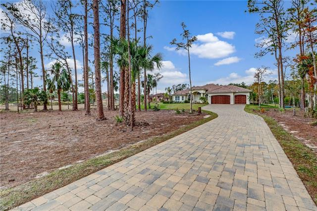 1511 27th St Sw, Naples, FL 34117