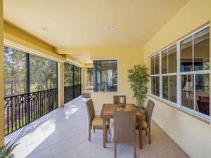 2834 Tiburon Blvd E 102, Naples, FL 34109