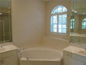3695 Olde Cottage Ln, Bonita Springs, FL 34134