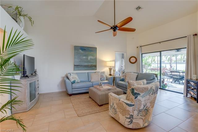 27157 Kindlewood Ln, Bonita Springs, FL 34134