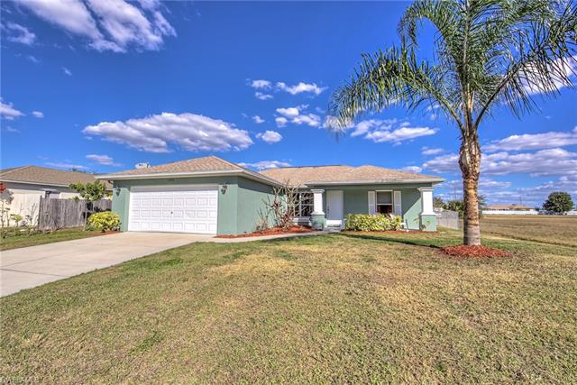 2209 2nd Ave, Cape Coral, FL 33909