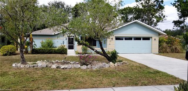 9417 Pineapple Rd, Fort Myers, FL 33967