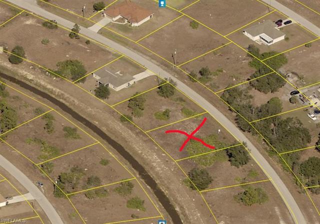 1919 Xelda Ave N, Lehigh Acres, FL 33971