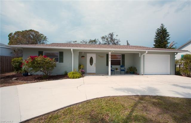 27514 Los Amigos Ln, Bonita Springs, FL 34135