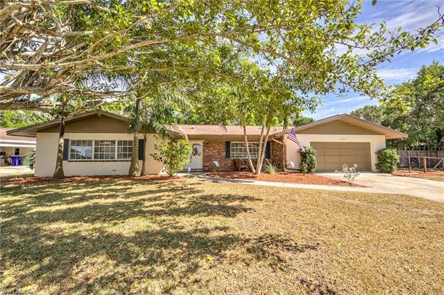 3949 Riverside Dr, Fort Myers, FL 33901