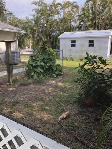 7830 Buccaneer Dr, Fort Myers Beach, FL 33931