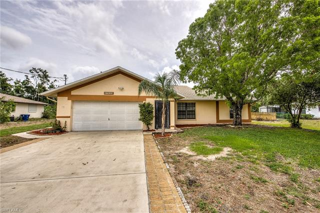 17525 Oriole Rd, Fort Myers, FL 33967